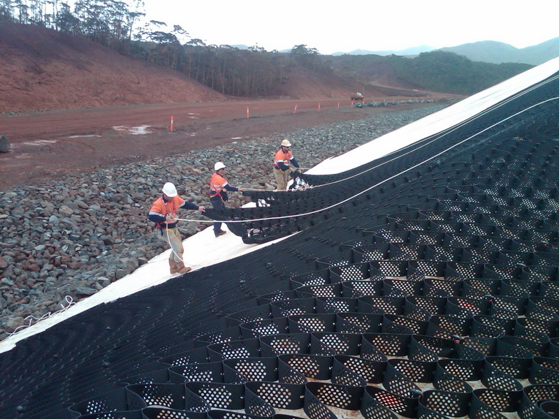Layfield Group Geoweb Slope And Channel Protection